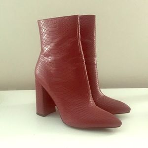 PRETTYLITTLETHING *worn once* red boots
